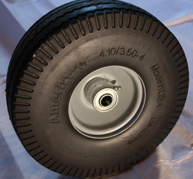 Fräscha Euromex Tyres AB : Punkteringsfria däck till tegelkärror / skottkärror JE-21